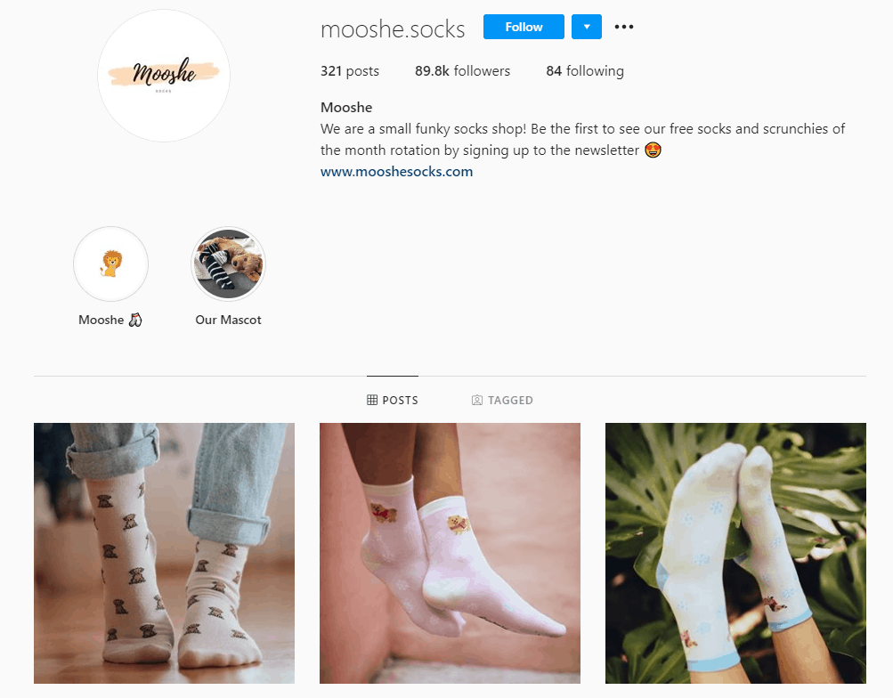 Dropshipping Instagram account example: Mooshe Socks